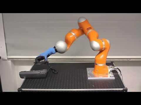 Embedded thumbnail for PISA-IIT SoftHand, the robotic arm